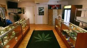 Legit Medical Marijuana Dispensaries Cut off From Accepting Visa & Mastercard Payments