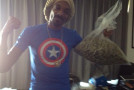 Snoop Dogg Bets on Money Mayweather: Wins 1 lb of Weed